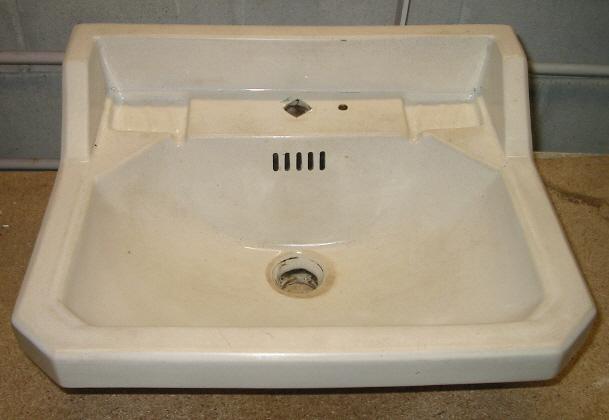 Lavabo Para Baño Antiguo:Lavabo de pared antiguo modelo L131 – Bañeras de patas y decoración