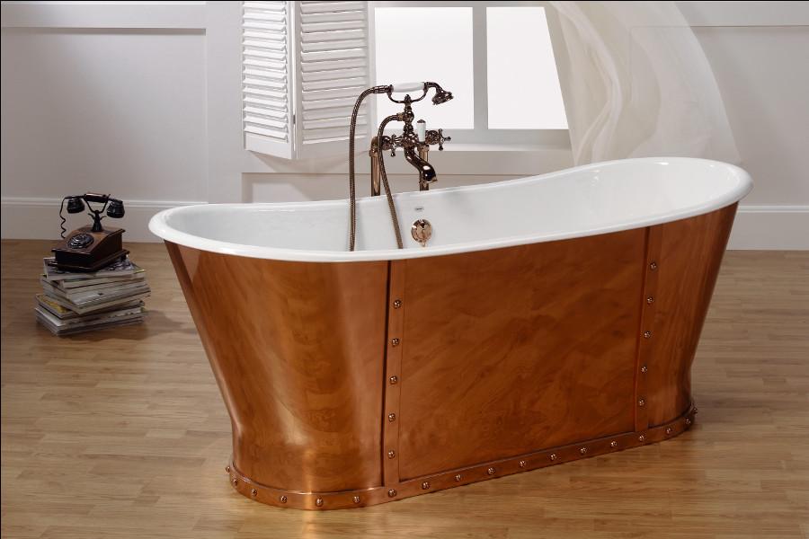 bañera con faldon