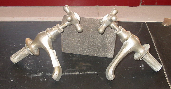 Juego De Baño Antiguo:Juego de grifos antiguos modelo G1919 – Bañeras de patas y