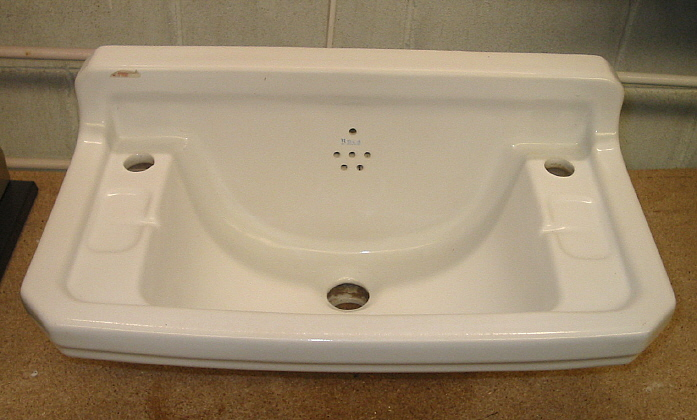 Lavabo Para Baño Antiguo:Lavabo de pared antiguo modelo L1988 – Bañeras de patas y decoración